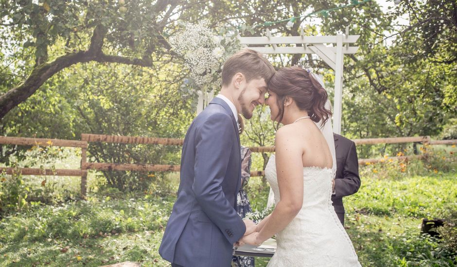 Le mariage de Alexandre et Mathilde à Thonon-les-Bains, Haute-Savoie