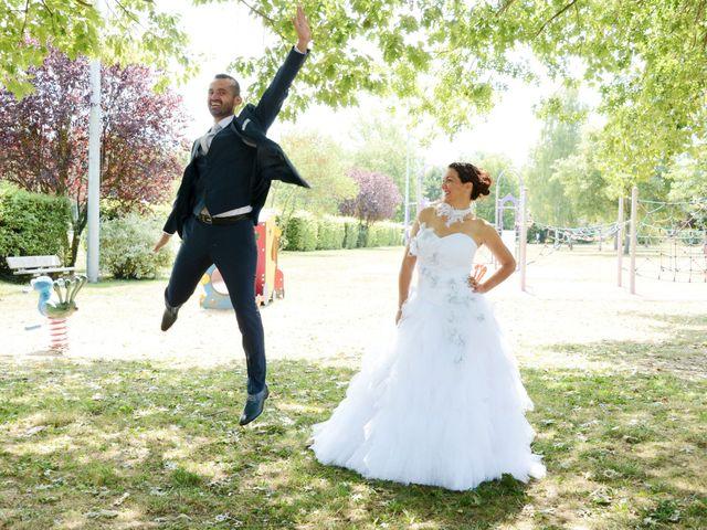 Le mariage de Raphaël et Carène à Saint-Étienne-sur-Chalaronne, Ain 24