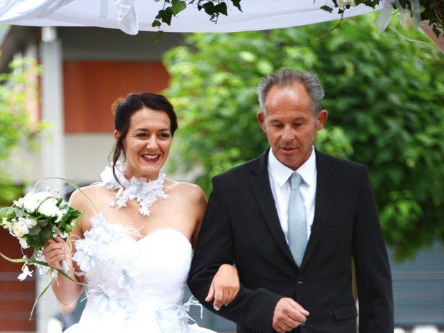 Le mariage de Raphaël et Carène à Saint-Étienne-sur-Chalaronne, Ain 35