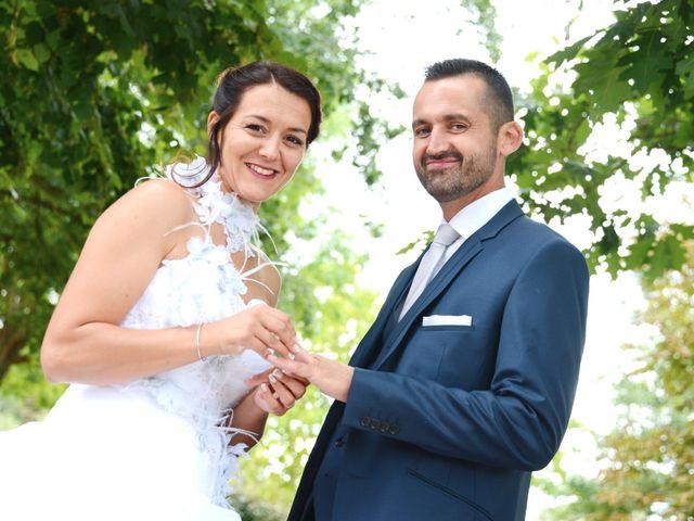 Le mariage de Raphaël et Carène à Saint-Étienne-sur-Chalaronne, Ain 43