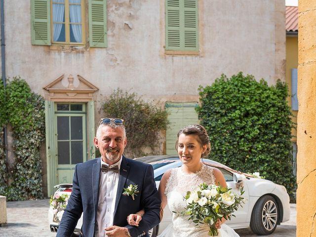 Le mariage de Thibaud et Alison à Vaux-en-Beaujolais, Rhône 3