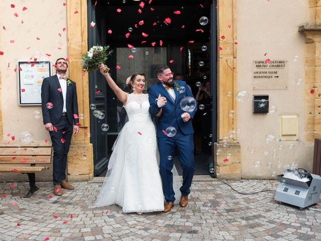 Le mariage de Thibaud et Alison à Vaux-en-Beaujolais, Rhône 11