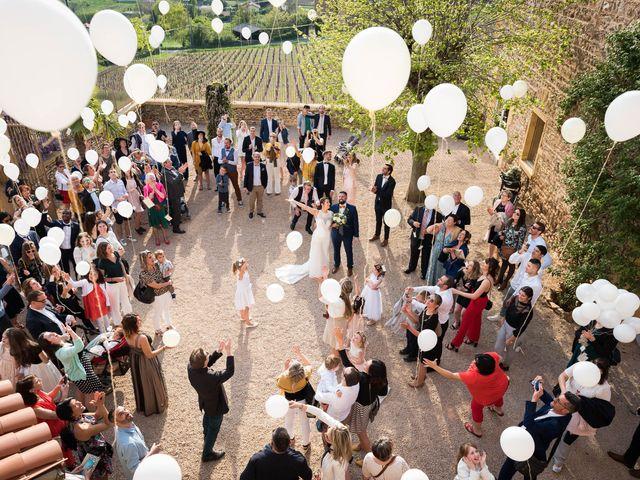Le mariage de Thibaud et Alison à Vaux-en-Beaujolais, Rhône 17