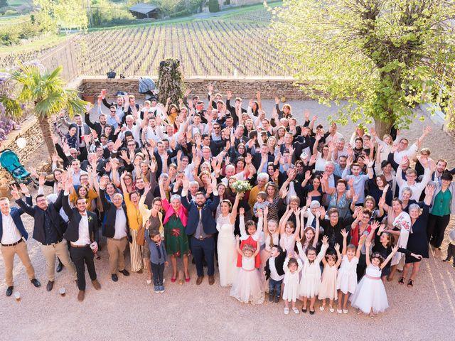 Le mariage de Thibaud et Alison à Vaux-en-Beaujolais, Rhône 27