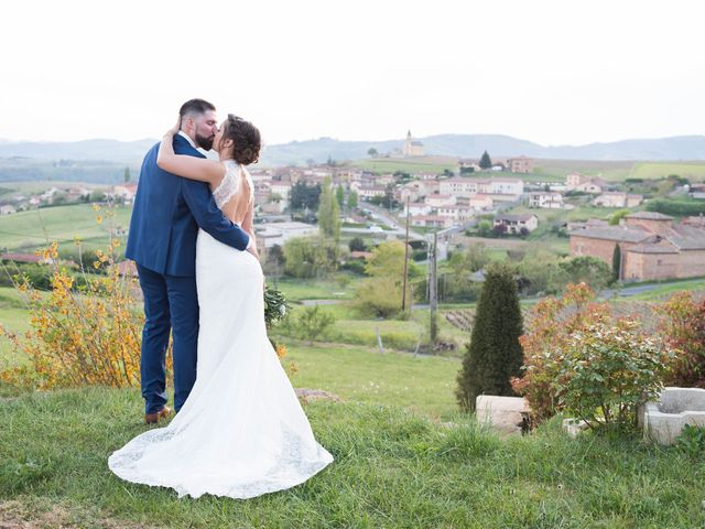 Le mariage de Thibaud et Alison à Vaux-en-Beaujolais, Rhône 31