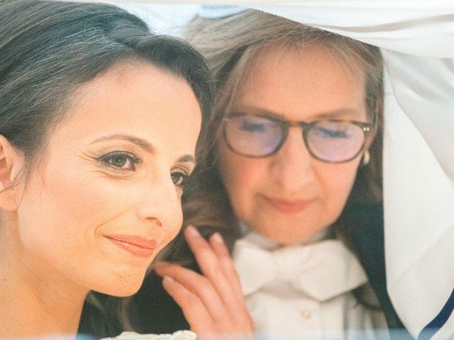 Le mariage de Emmanuelle et Olga à Paris, Paris 13