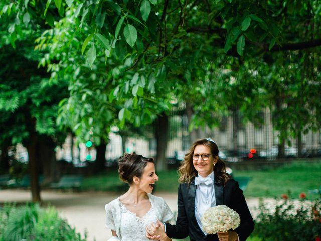 Le mariage de Emmanuelle et Olga à Paris, Paris 21
