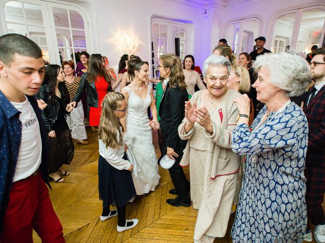Le mariage de Emmanuelle et Olga à Paris, Paris 27