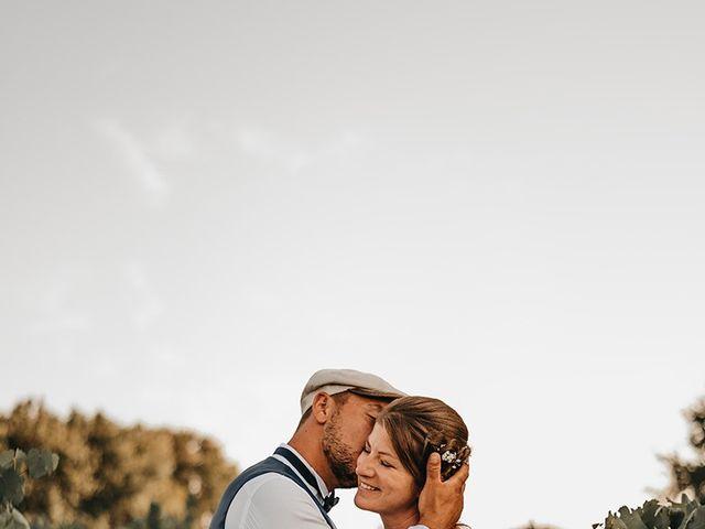 Le mariage de Yannick et Valérie à Aubie-et-Espessas, Gironde 100