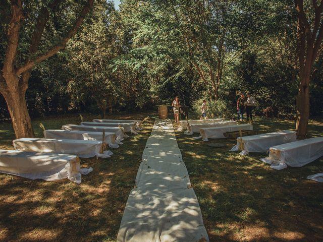 Le mariage de Alexandre et Isabelle à Saint-Gilles, Gard 11