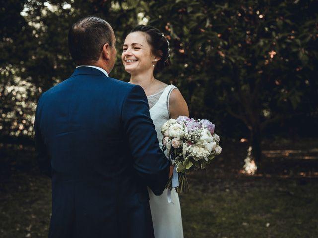 Le mariage de Alexandre et Isabelle à Saint-Gilles, Gard 16