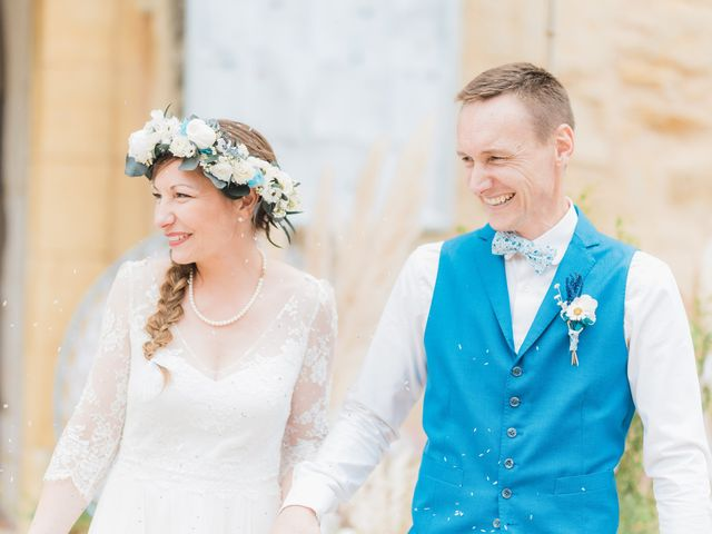 Le mariage de Julien et Aurélie à Cadouin, Dordogne 48