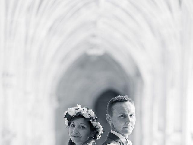 Le mariage de Julien et Aurélie à Cadouin, Dordogne 59