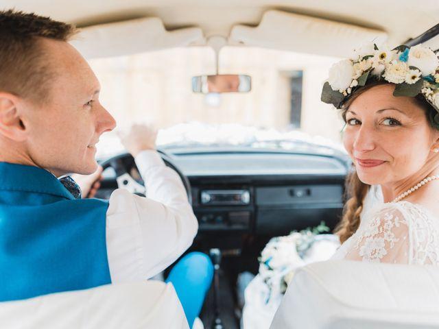 Le mariage de Julien et Aurélie à Cadouin, Dordogne 71
