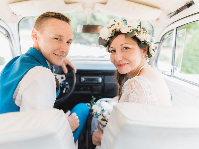 Le mariage de Julien et Aurélie à Cadouin, Dordogne 75