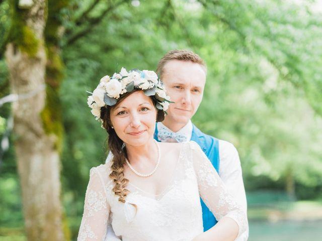 Le mariage de Julien et Aurélie à Cadouin, Dordogne 105