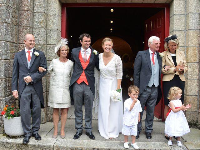 Le mariage de Martin et Lorraine à Auray, Morbihan 14