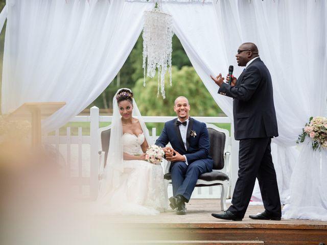 Le mariage de Eddy et Cristelle à La Boissière-École, Yvelines 44