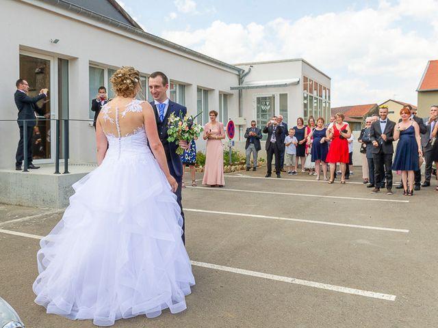 Le mariage de Clément et Amandine à Beuvillers, Calvados 7