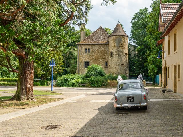 Le mariage de Clément et Amandine à Beuvillers, Calvados 10