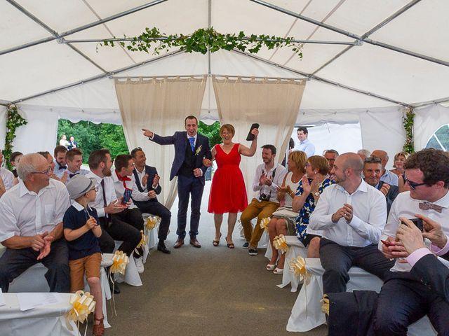 Le mariage de Clément et Amandine à Beuvillers, Calvados 14