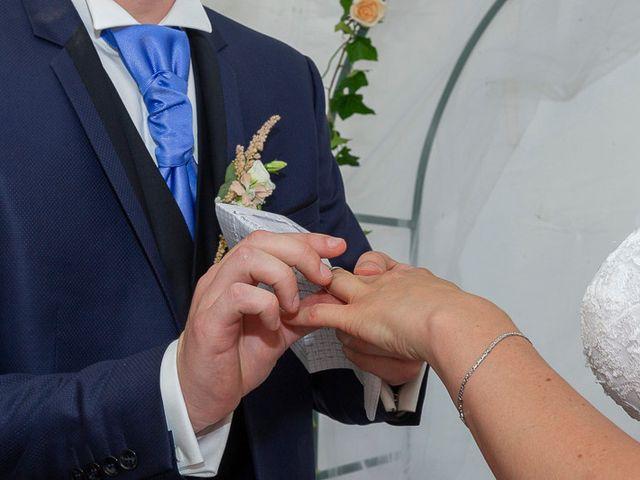 Le mariage de Clément et Amandine à Beuvillers, Calvados 17