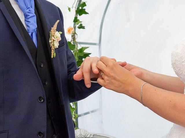 Le mariage de Clément et Amandine à Beuvillers, Calvados 18