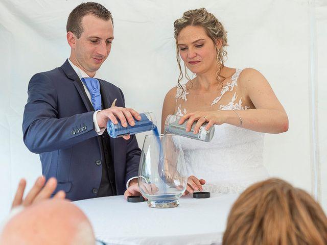 Le mariage de Clément et Amandine à Beuvillers, Calvados 19