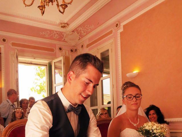 Le mariage de Valentin et Justine à Allan, Drôme 9