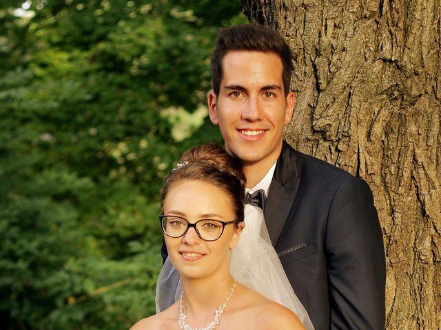 Le mariage de Valentin et Justine à Allan, Drôme 40
