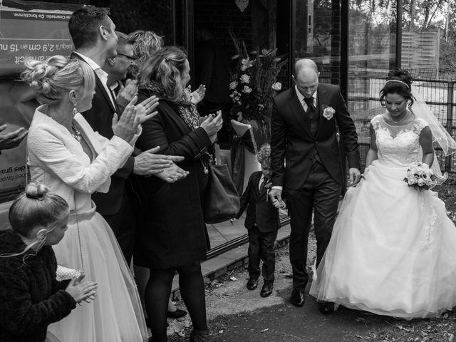 Le mariage de DIdier et Elodie à Hinges, Pas-de-Calais 32