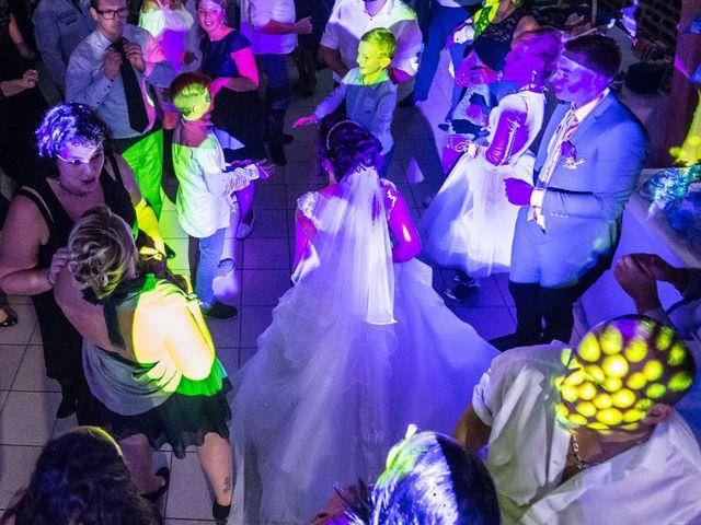 Le mariage de DIdier et Elodie à Hinges, Pas-de-Calais 42