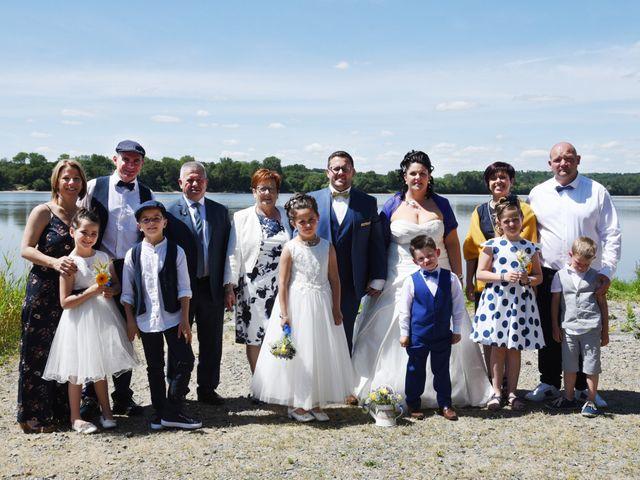 Le mariage de Romain et Angélique à Les Rosiers-sur-Loire, Maine et Loire 24