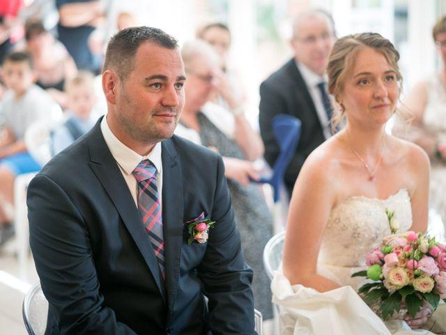 Le mariage de Nicolas et Sophie à Cléres, Seine-Maritime 72
