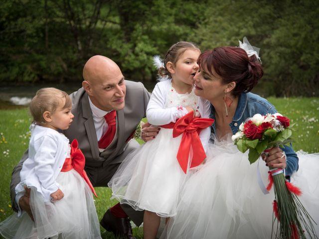 Le mariage de Mickaël et Gaëlle à Chaux-des-Crotenay, Jura 6