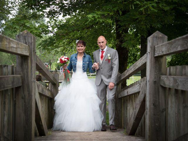 Le mariage de Mickaël et Gaëlle à Chaux-des-Crotenay, Jura 19