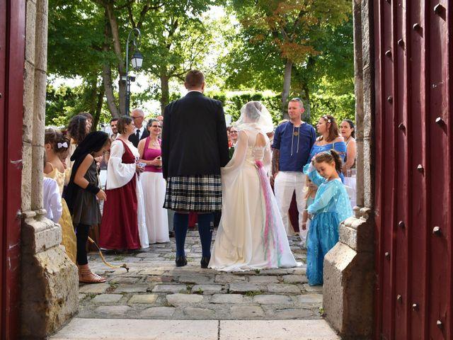 Le mariage de Thomas et Stéphanie à Nemours, Seine-et-Marne 33