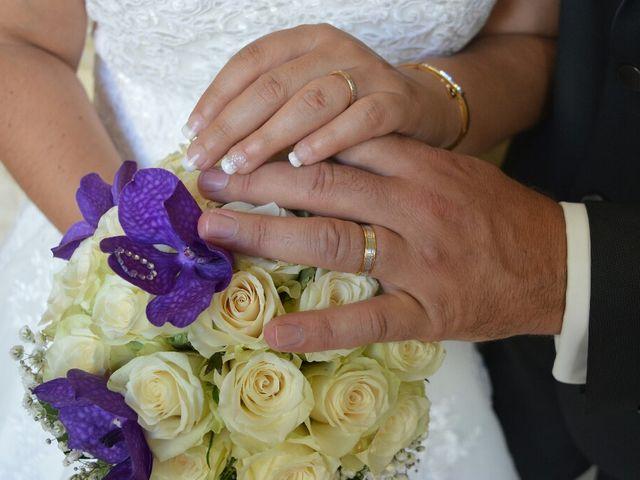 Le mariage de Christophe  et Ingrid à Villeneuve-les-Avignon, Gard 8