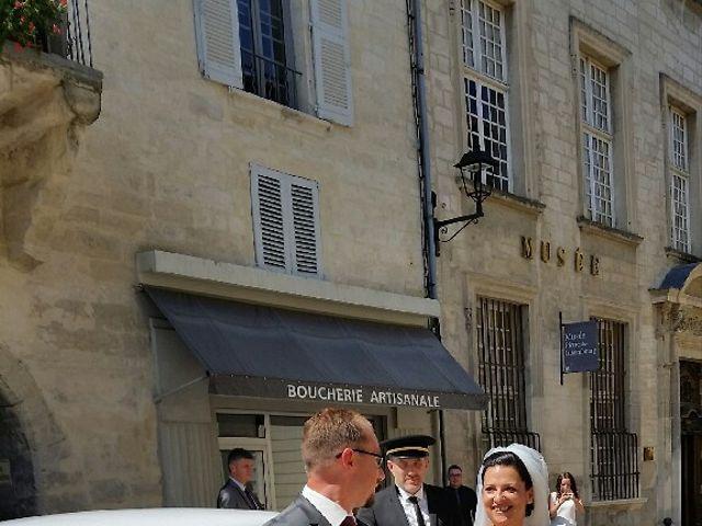 Le mariage de Christophe  et Ingrid à Villeneuve-les-Avignon, Gard 20