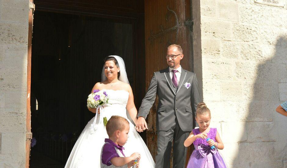 Le mariage de Christophe  et Ingrid à Villeneuve-les-Avignon, Gard