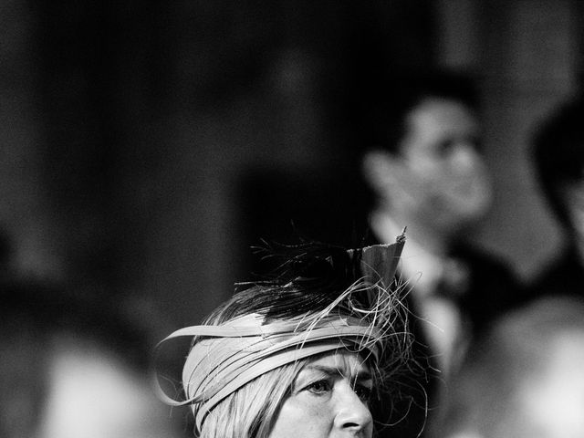 Le mariage de Thibault et Amandine à Franchesse, Allier 16