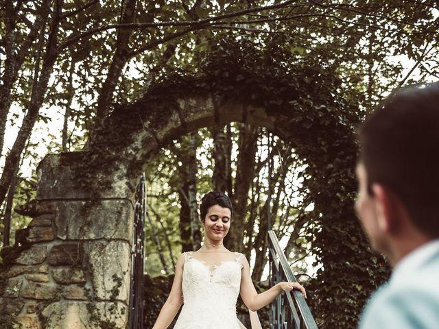 Le mariage de Valentin et Claire à Milhac-de-Nontron, Dordogne 30