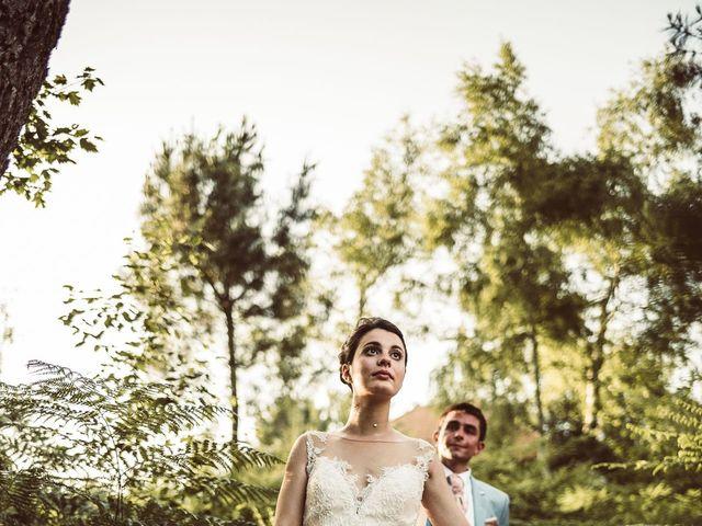 Le mariage de Valentin et Claire à Milhac-de-Nontron, Dordogne 34