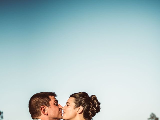 Le mariage de Valentin et Claire à Milhac-de-Nontron, Dordogne 35