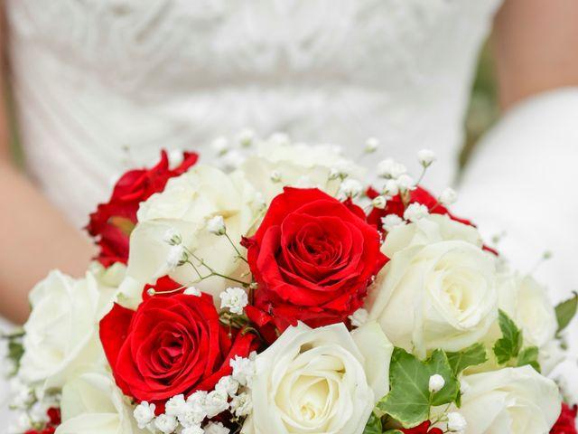 Le mariage de Gabriel et Alice à Druyes-les-Belles-Fontaines, Yonne 4