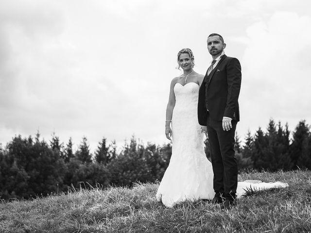 Le mariage de Damien et Emmanuelle à La Combe-de-Lancey, Isère 2