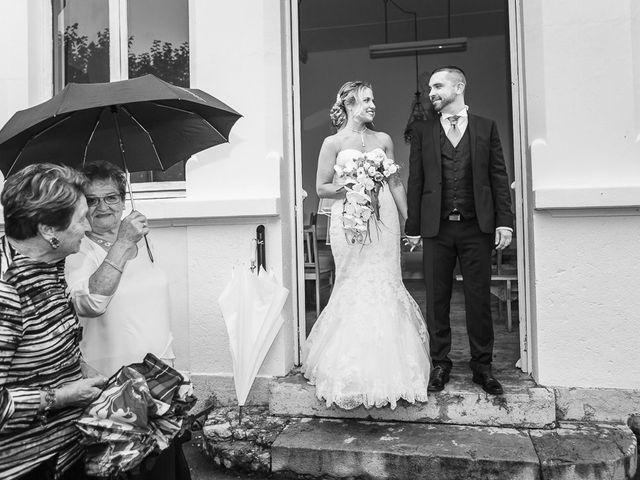 Le mariage de Damien et Emmanuelle à La Combe-de-Lancey, Isère 12