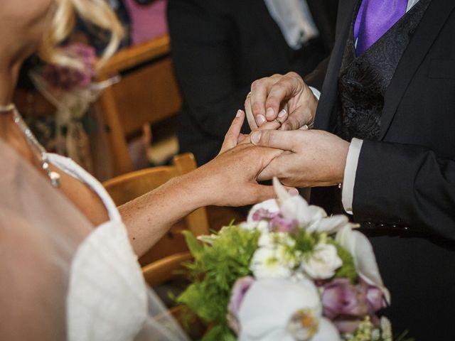 Le mariage de Damien et Emmanuelle à La Combe-de-Lancey, Isère 15