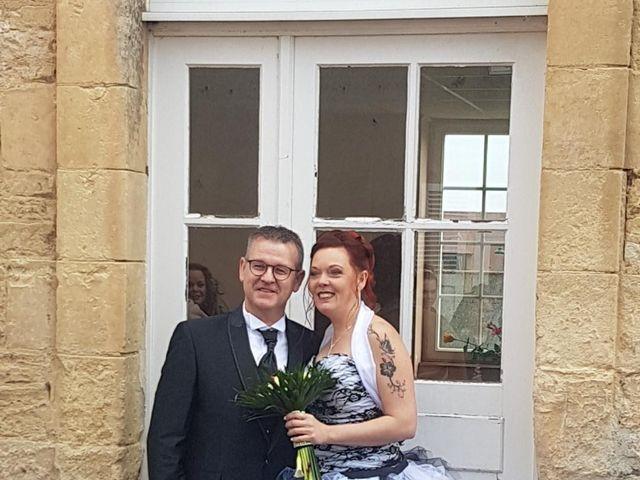Le mariage de Olivier et Natacha à Cauvicourt, Calvados 3