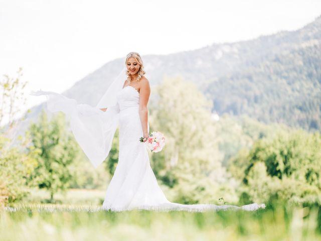 Le mariage de Tayeb et Soléne à Saint-Julien-en-Genevois, Haute-Savoie 16